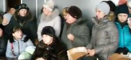 Голодный штурм кабинета мера Енакиево
