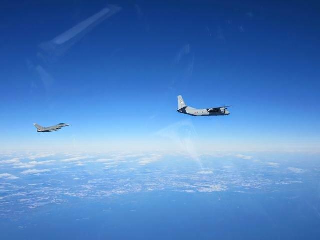 plane_attack_043