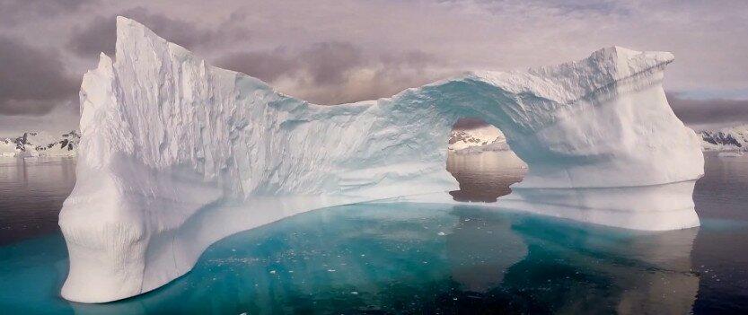 Антарктида с высоты птичьего полета