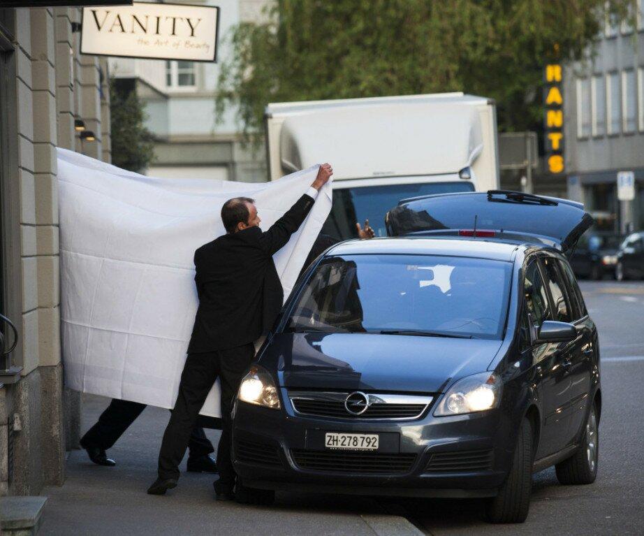 """Аресты в отеле """"Baur Au Lac"""", Цюрих"""