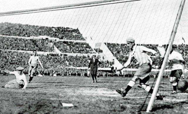 Финальный матч Чемпионата мира по футболу 1930 года