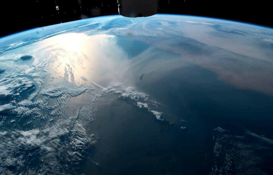 Вид со спутника в реальном режиме времени