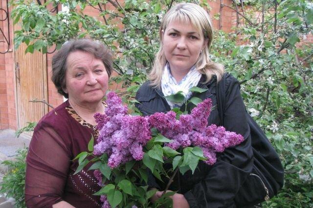 Мать и жена российского летчика Константина Ярошенко